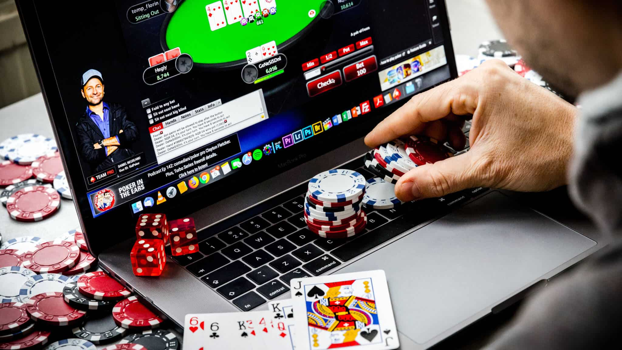 What is mean by Judi on the web? | Poker-Soccer